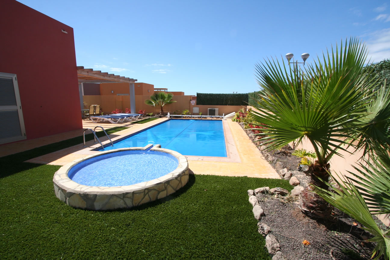 Villa laura private luxury villa villas in fuerteventura for Villas fuerteventura