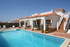 Pool and stairs - Villa Zante - Fuerteventura